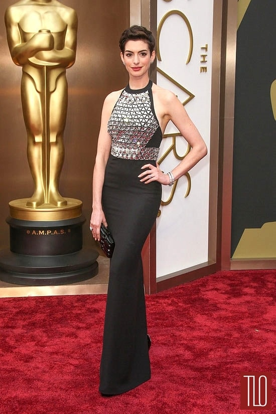 oscars-red-carpet-review-anne-hathaway