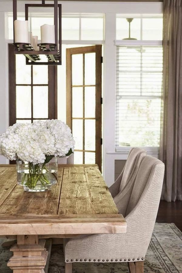 hydrangeas-neutral-farmhouse-dining-room