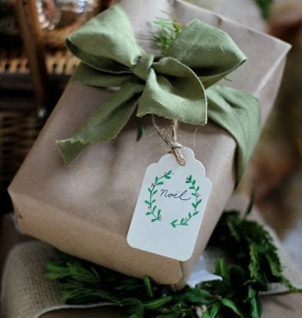 Friday Favorites – Natural Gift Wrap