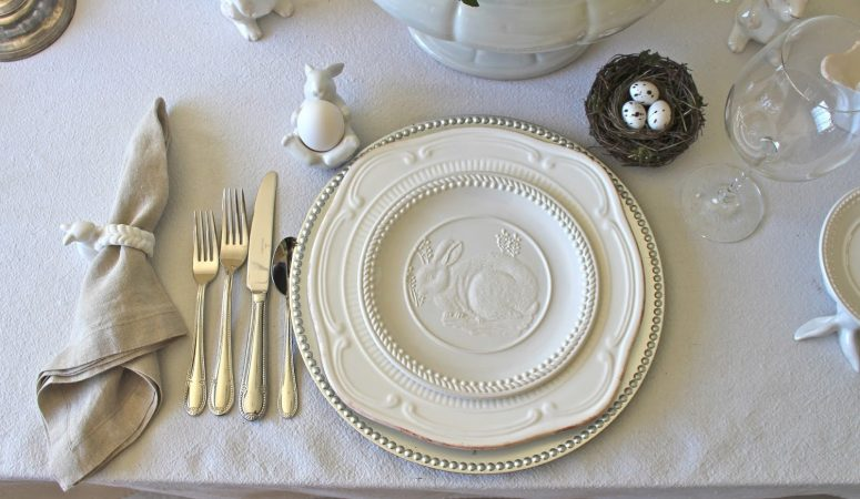 Elegant & Easy Neutral Easter Tablescape