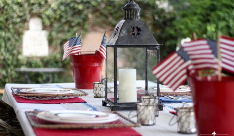Simple Independence Day Tablescape featuring Star Plates and Flags