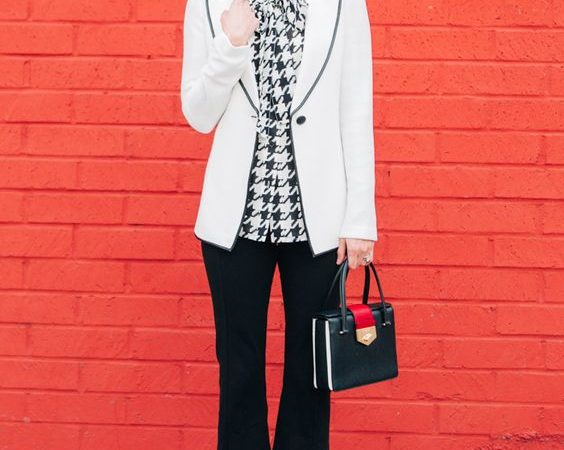 Friday Favorites – Houndstooth