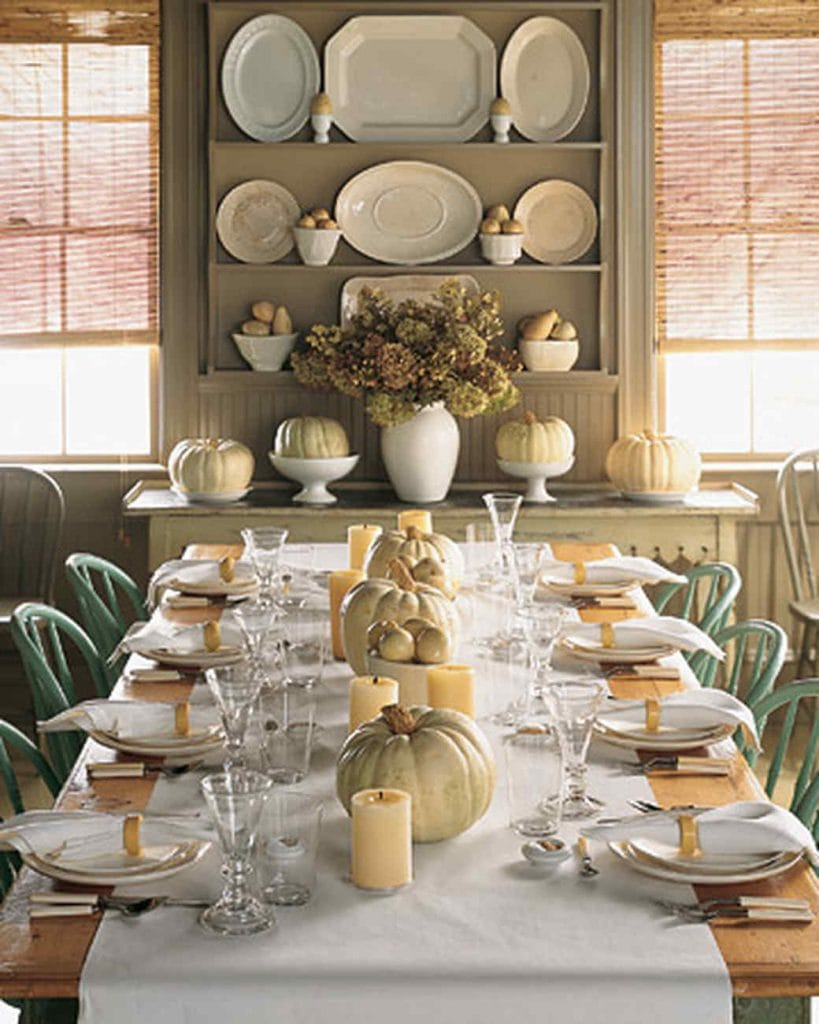 white pumpkins make fall thanksgiving table decor
