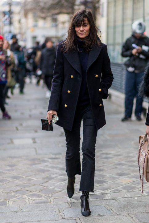 monochrome outfit black on black french style chic fashion