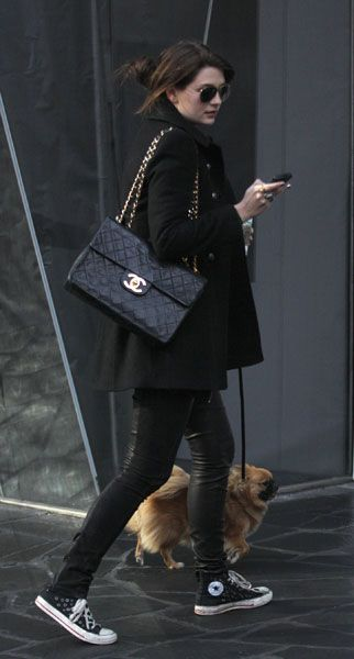 monochrome outfit black coat chanel bag converse casual chic style