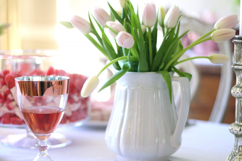 valentines day table pink tulips rose gold glasses