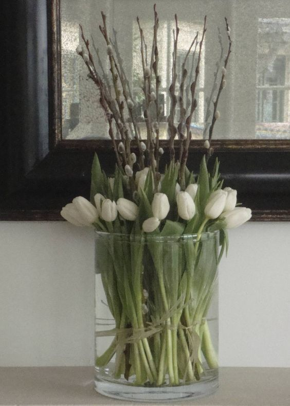 white-tulips-pussy-willow-bouquet-glass-vase-gorgeous