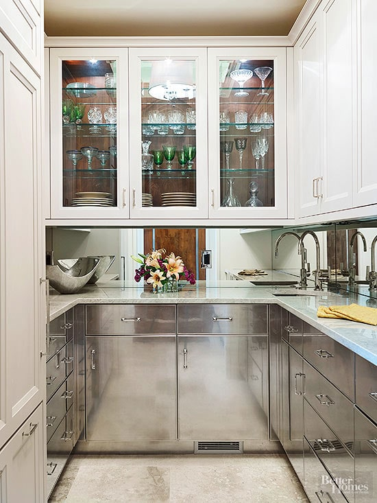 mirrored-cabinets-butlers-pantry