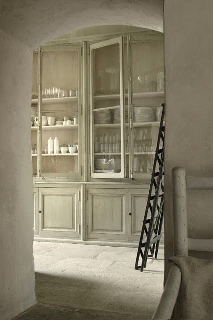 french farmhouse -butlers-pantry