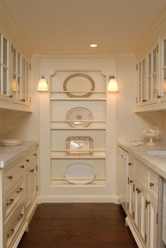 classic-butlers-pantry-white kitchen plate rack