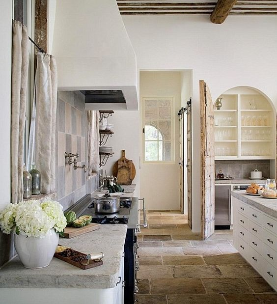 10 Lovely French Farmhouse Kitchens & Decorating Ideas