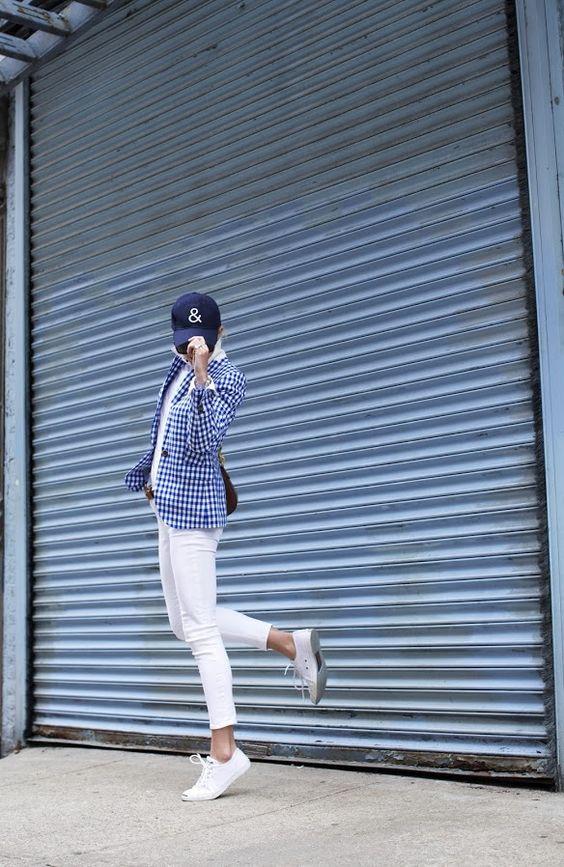 gingham-blazer-white-jeans