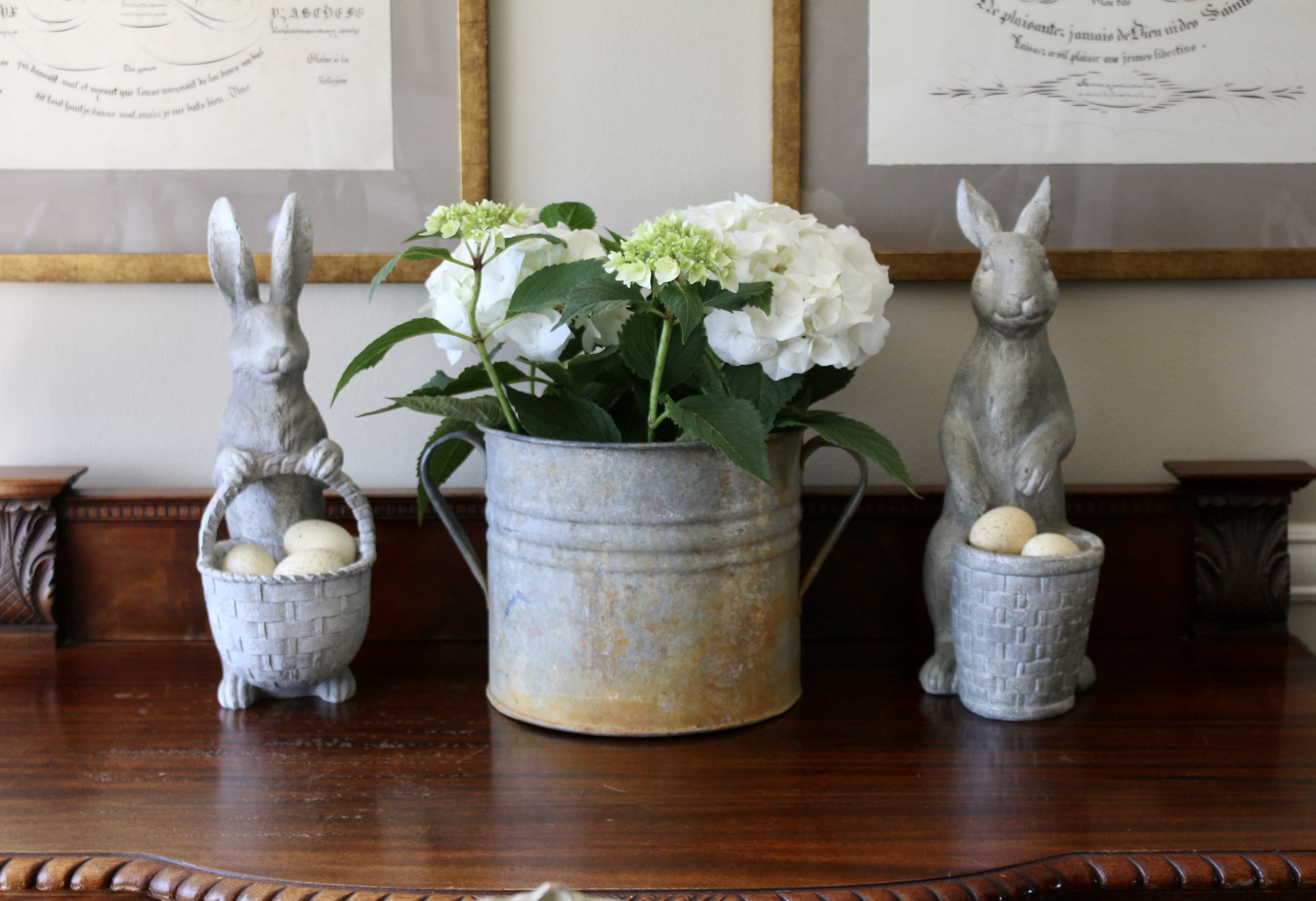 bunnies-vintage-bucket-hydrangeas-easter-decor