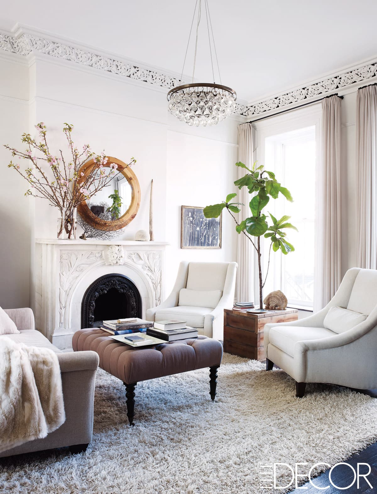 keri-russell-living-room-coffee-table-ottoman