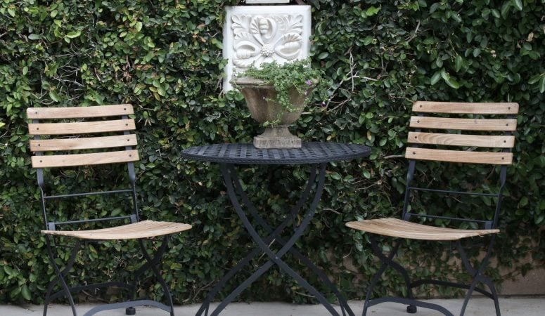 How to Freshen Up your Outdoor Space for Summer