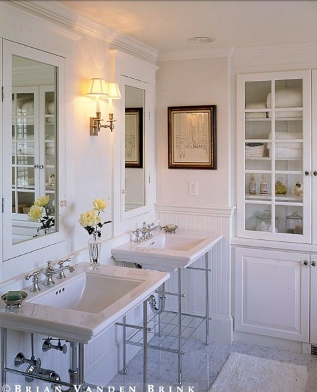 art-bathroom-white-marble