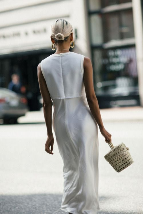 straw-bag-white-dress-3