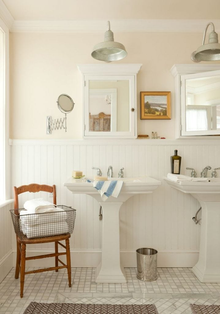 art-bathroom-farmhouse