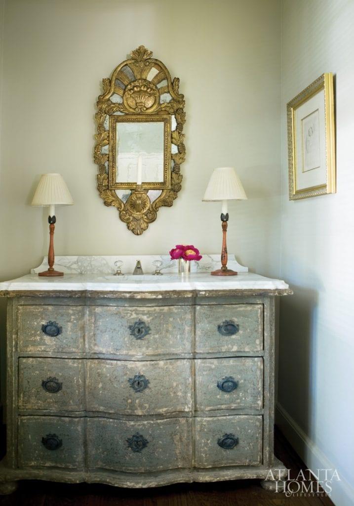 art-bathroom-gold-mirror-distressed-sink