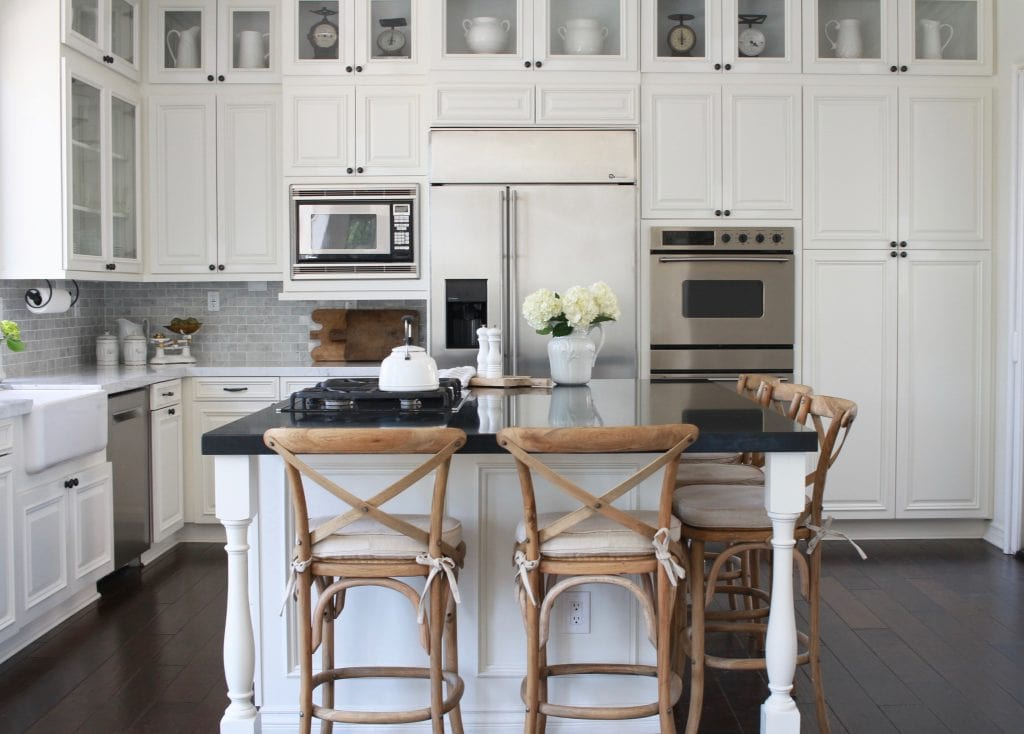 gorgeous-farmhouse-kitchen-renovation-white-1