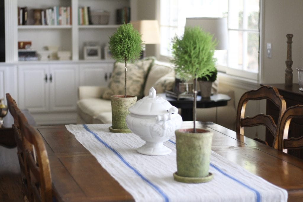 breakfast area farmhouse style topiaries