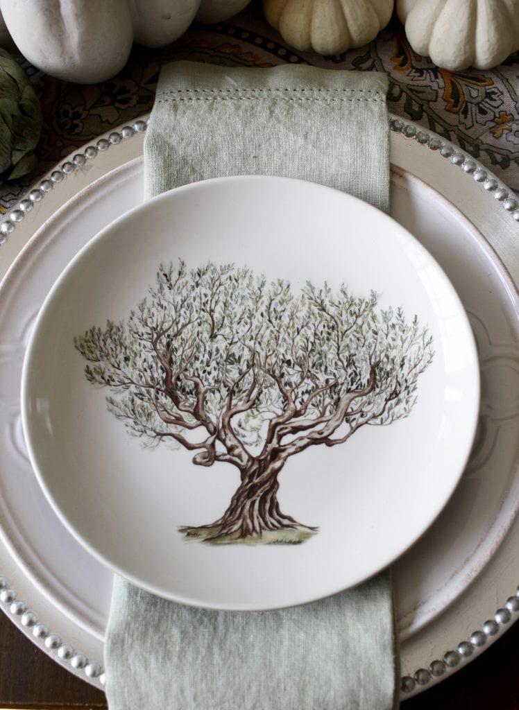 elegant fall tablescape with williams sonoma tree plates