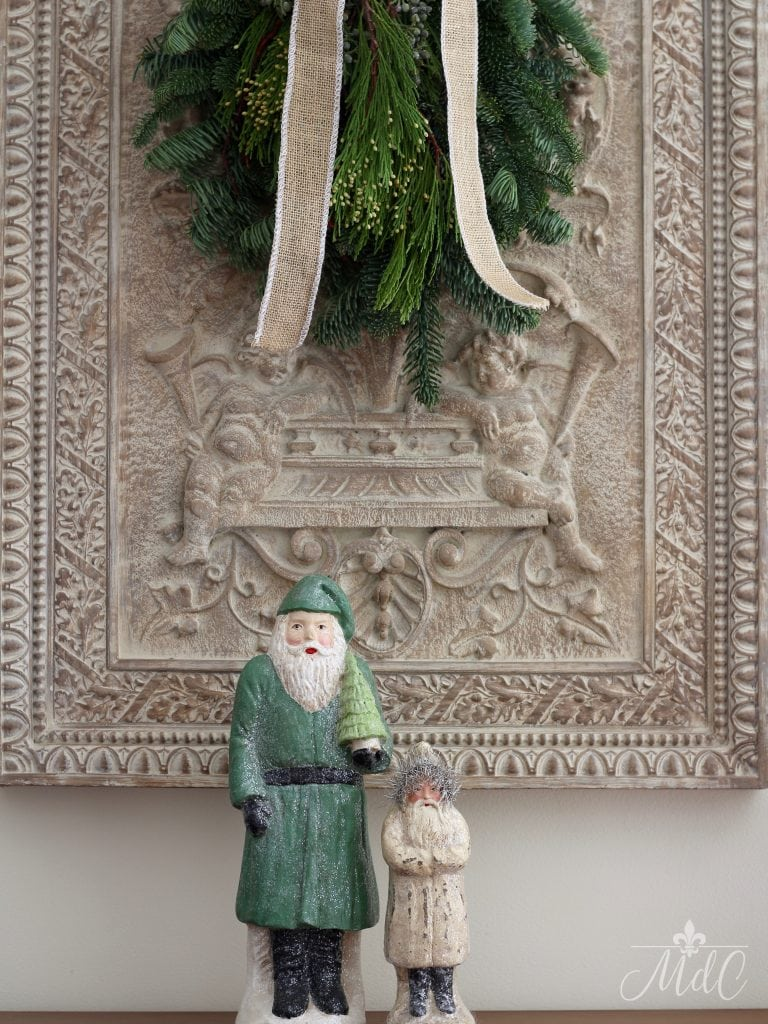 christmas kitchen vintage santas holiday decor greenery