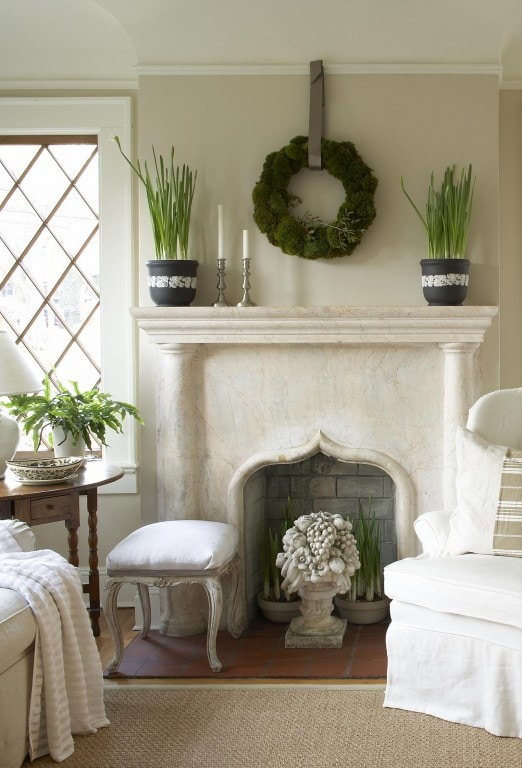 neutral christmas decor simple mantel holiday decor wreath paperwhites