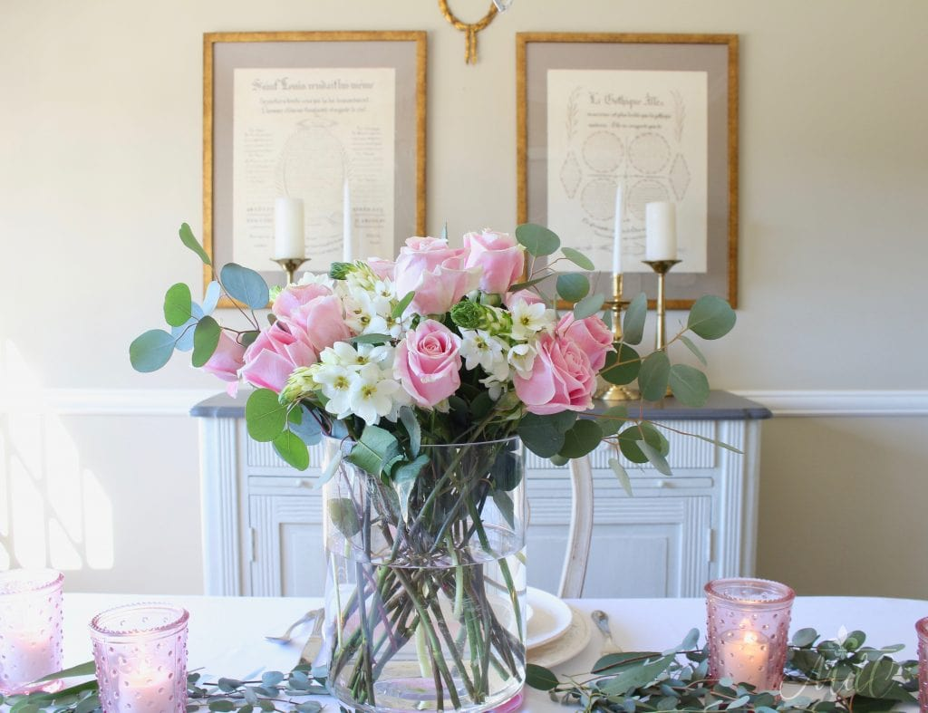 simple valentine's day table pink roses white flowers gorgeous arrangement
