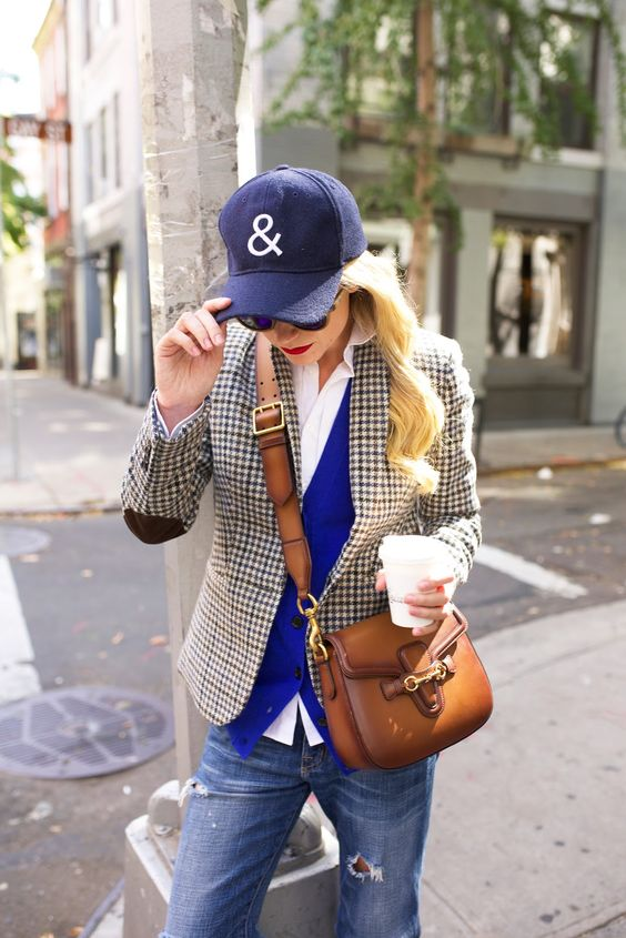 plaid blazer casual weekend wear baseball cap jeans fashion ideas