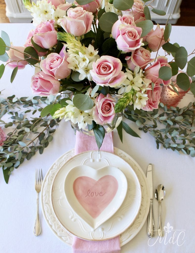 simple valentines day table pink roses gorgeous arrangement heart plates