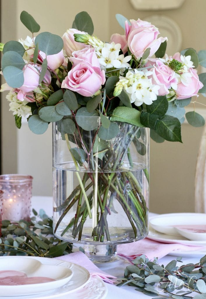 simple valentine's day table pink roses and white gorgeous flowers