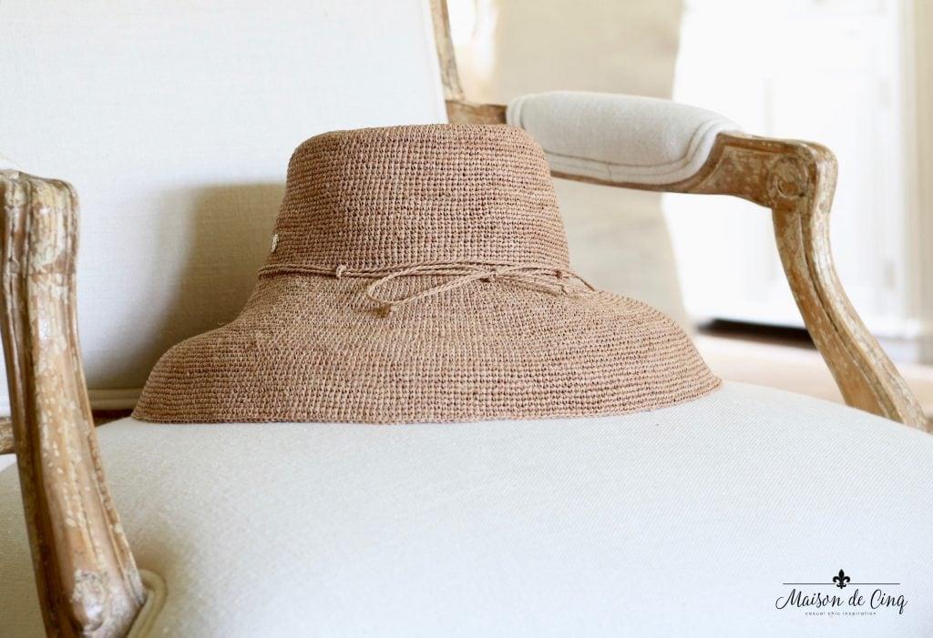 summer essentials packable crushable straw hat helen kaminski summer fashion