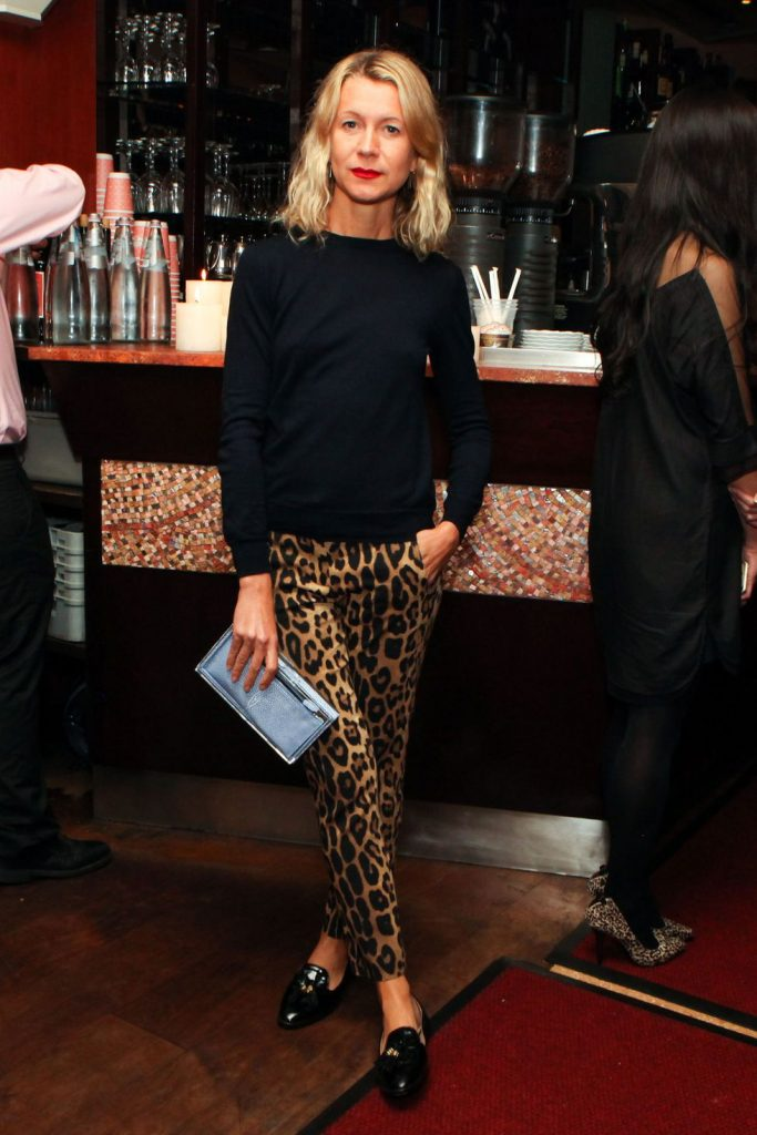 animal print trend leopard pants black sweater smart chic street style