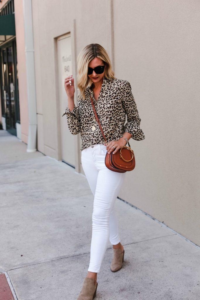 animal print trend cheetah shirt white jeans fall fashion