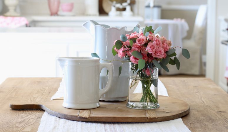 Sweet & Simple Valentine's Day Decorating
