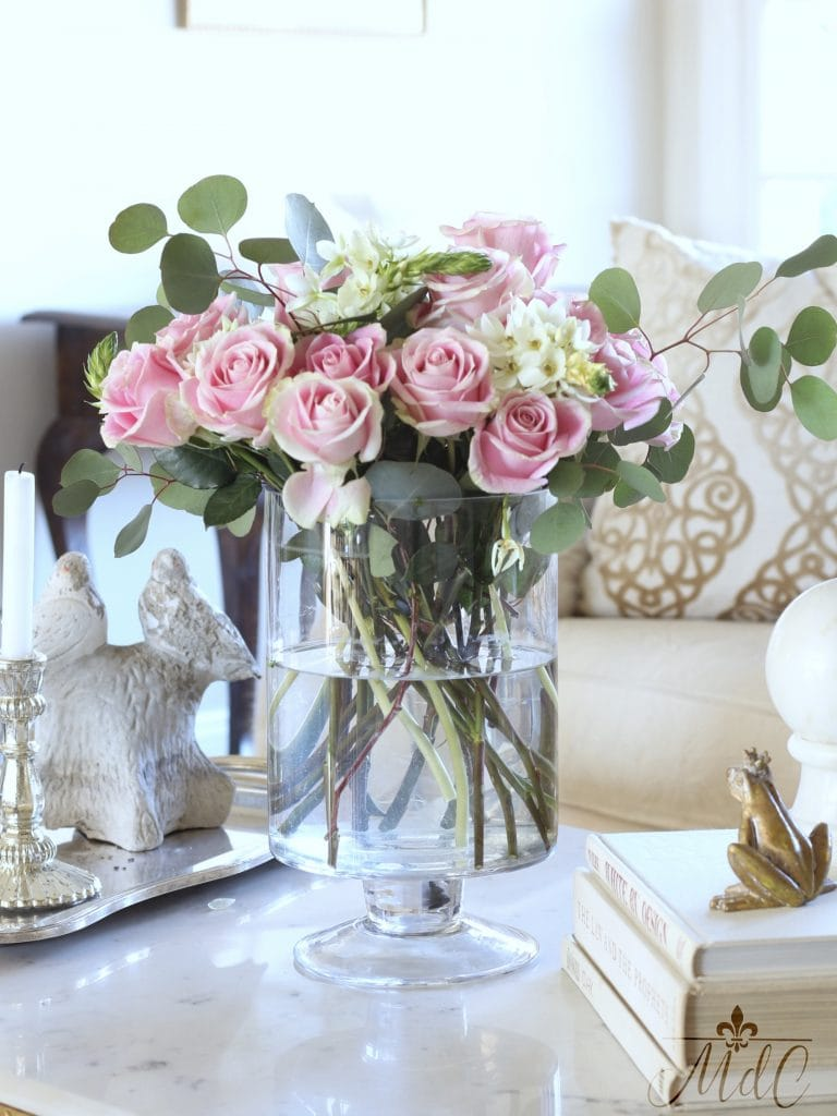 how to decorate with flowers pink roses in glass vase gorgeous living room