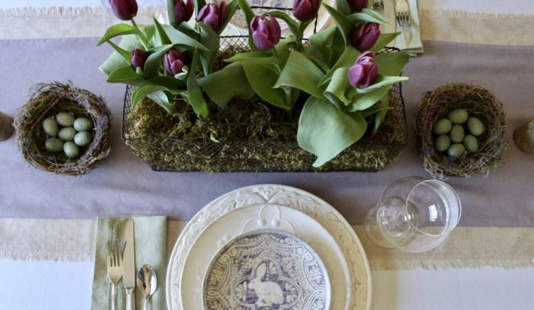 French Country Fridays – Mirrors, Beds, and a Table of Tulips!
