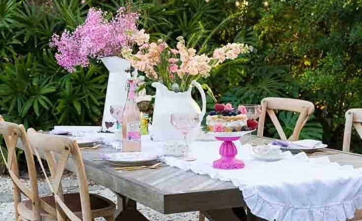 French Country Fridays – Vintage Linens, Tables, and some Easter Decor!
