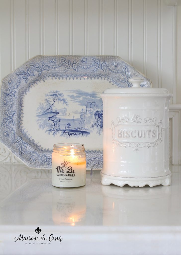 simple summer decorating blue and white transferware platter in white farmhouse kitchen