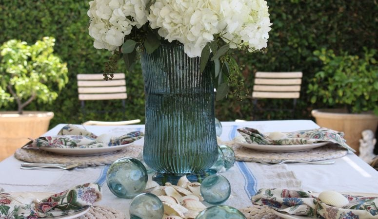 French Country Fridays – Travel, Vintage Rugs, Summer Tables & More