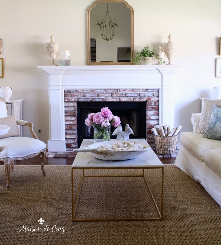 top ten posts of 2019 on Maison de Cinq French country living room