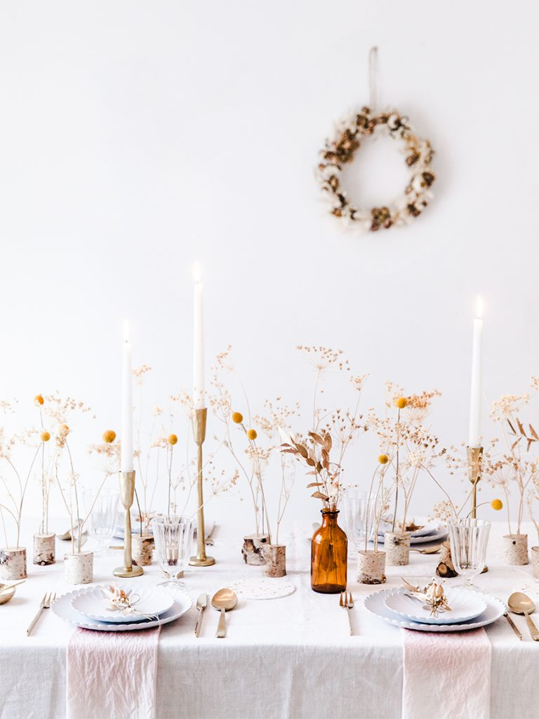 fall tablescape with amber glass and florals