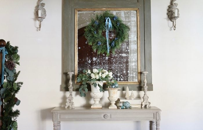 Romantic Holiday Entry Way in Shades of Blue