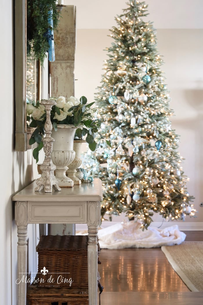 French farmhouse Christmas entry way gorgeous Christmas tree white roses