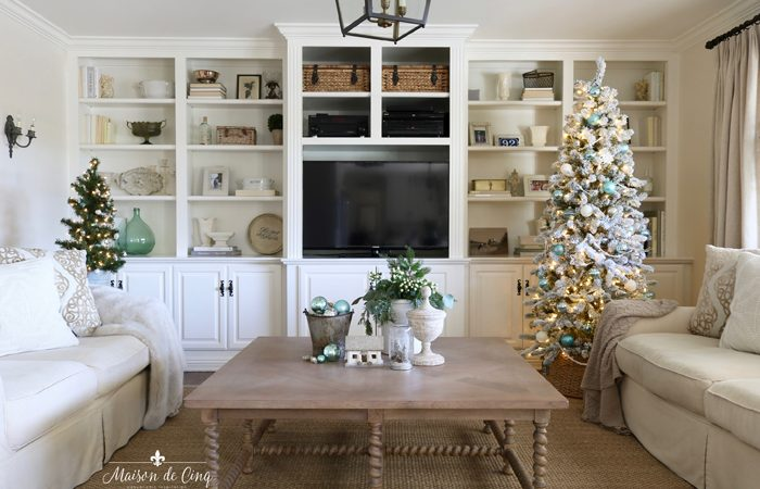 French Farmhouse Holiday Decor in the Family Room