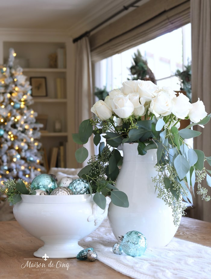 gorgeous white roses and blue ornaments French country Christmas vignette decorating ideas