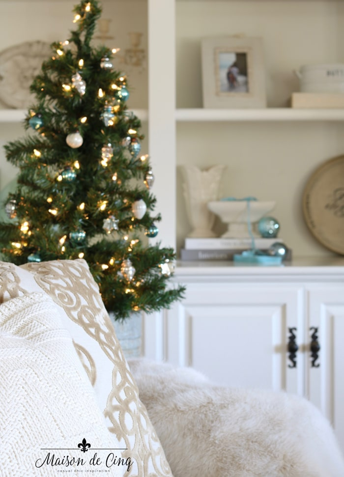 gorgeous French farmhouse blue Christmas decor
