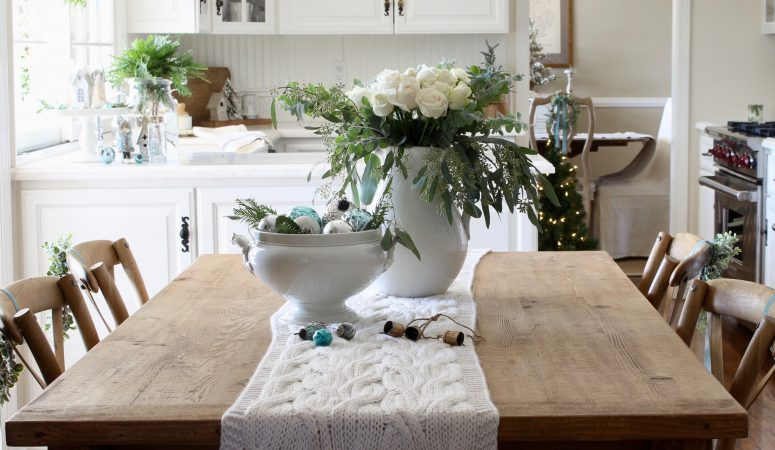 Christmas Kitchen Decor – It's a Blue, Blue Christmas!