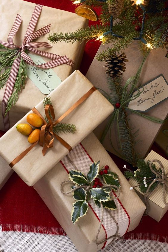 gorgeous holiday gift wrapping idea with fruits and greens